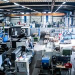 Bonke Fertigungshalle mit CNC Maschinen
